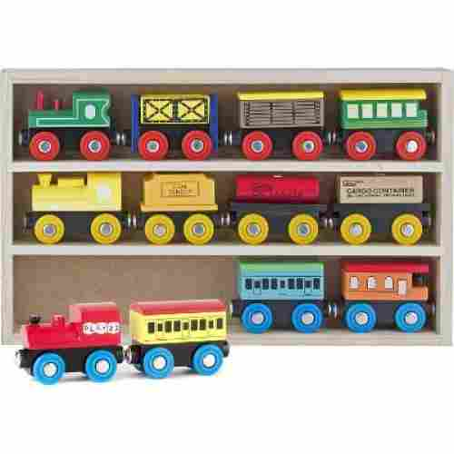 Play22 Wooden Magnetic 12-PC Set