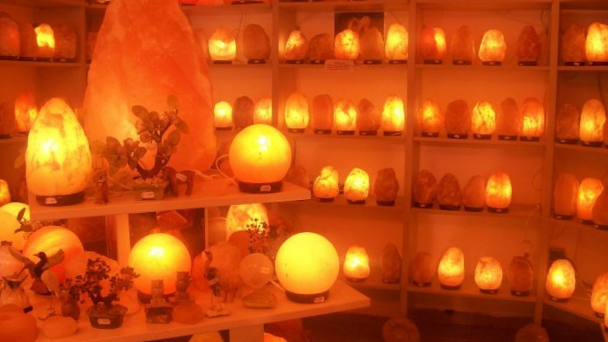Himalayan Salt Lamps - Are They Beneficial?