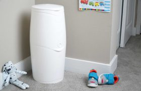 5 Best Diaper Genies & Trash Cans for Babies Reviewed in 2020