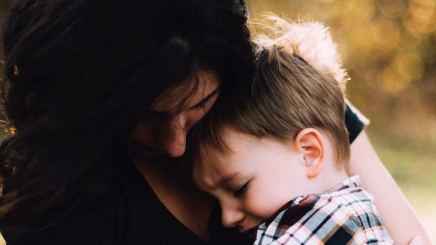 Read on to find out a few parenting strategies for single mothers.
