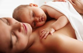 How Skin to Skin Contact is Beneficial for Infants