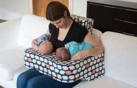 10 Best Nursing Pillows & Baby Boppies Reviewed in 2020