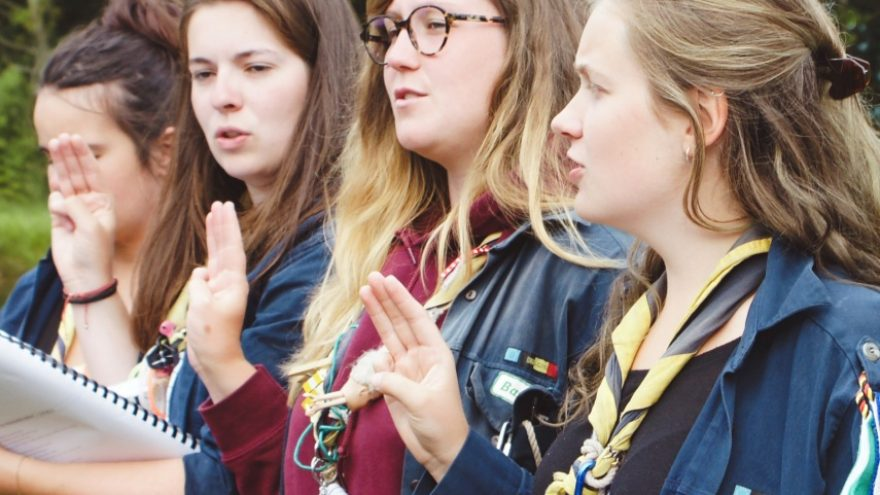 Read about the 5 reasons why your kids should join boy or girl scouts.